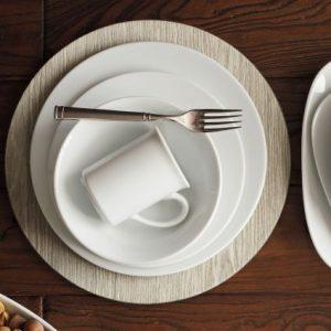 Top 20 Wedding Gift Registry Items | Dinnerware Set