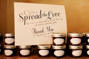 The Best DIY Wedding Ideas: Berry Jam Wedding Favor
