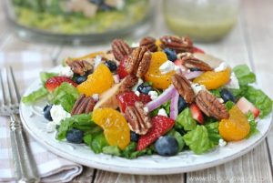 Chicken, Strawberry and Pecan Salad