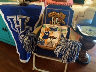 Easy Graduation Party: Decorate with what you have.
