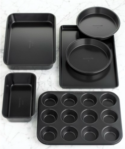 Weddings with Clinton Kelly – Top Registry Items Macy's – Calphalon Bakeware Set