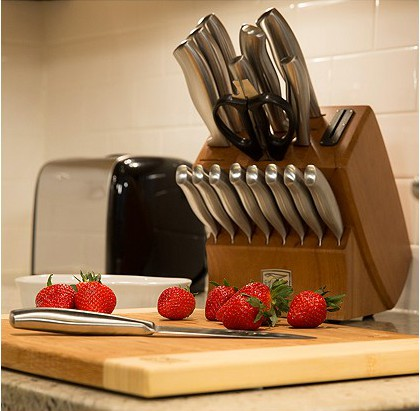 Chicago Cutlery Knife set from Macy's - Best Gifts to Add to Your Wedding Gift Registry
