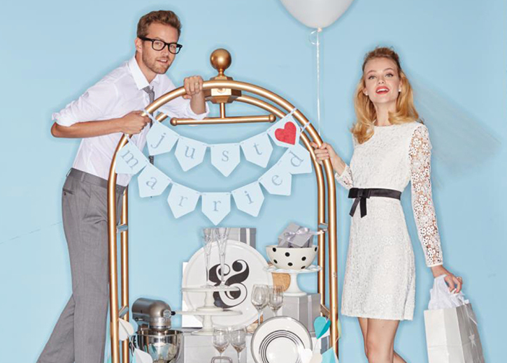 Get a newlywed discount when your set up a wedding registry at Macy's