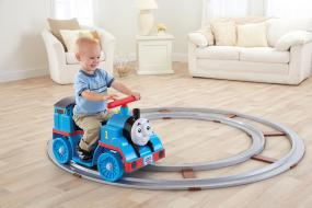 The Best Toys from Amazon's Holiday Toy List | Power Wheels Thomas the Train Thomas with Track