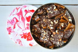 Try these simple and delicious dessert recipes this holiday! | English Toffee
