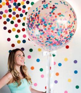 DIY Confetti Balloons | Graduation Party Ideas