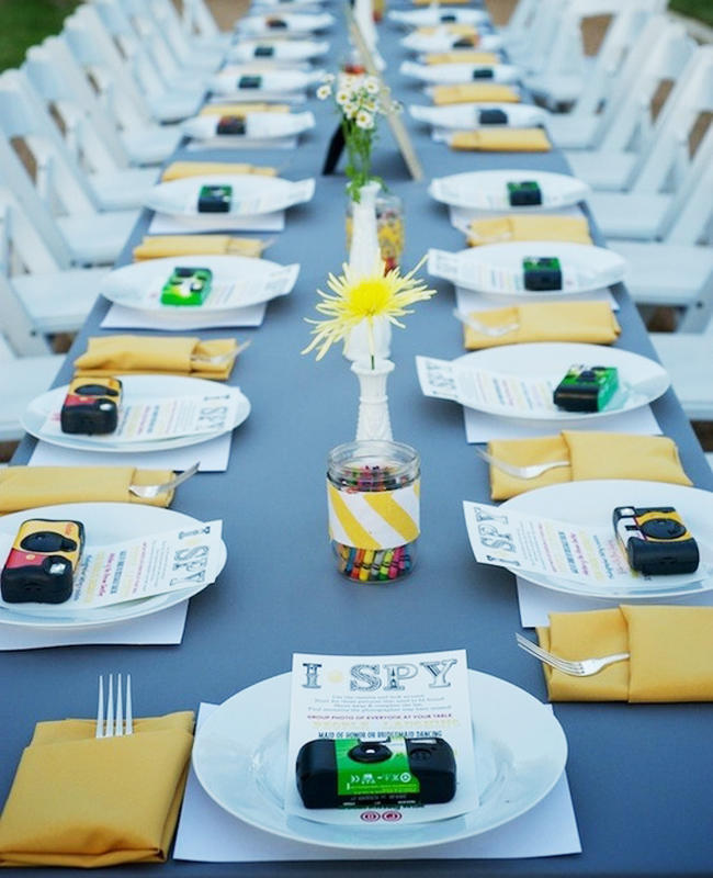 You can even customize the photo scavenger hunt concept for the kids' table!
