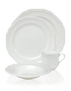Top Belk Gifts | Mikasa Antique White Dinnerware | All white place setting