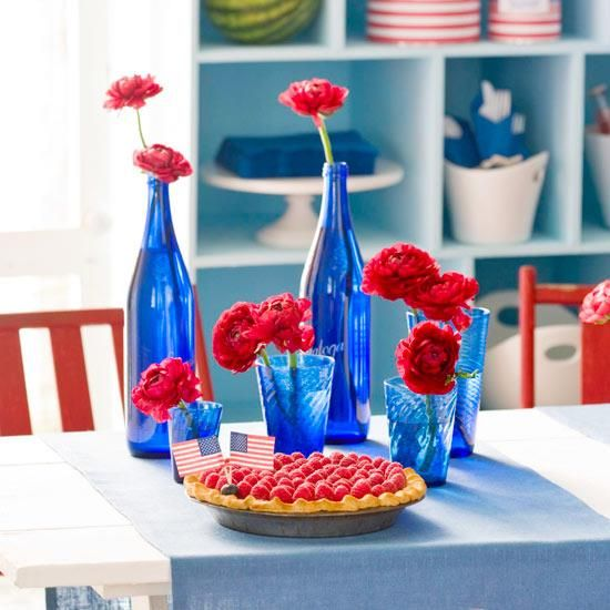 Blue Glass Vases for a Patriotic Baby Shower