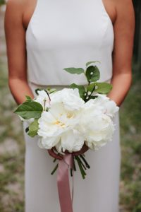 Popular Bridal Bouquets | Sentimental Wedding Day Ideas | White peony bouquet