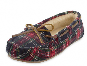 Holiday Gifts for College Students | Minnetonka women's bedroom slippers