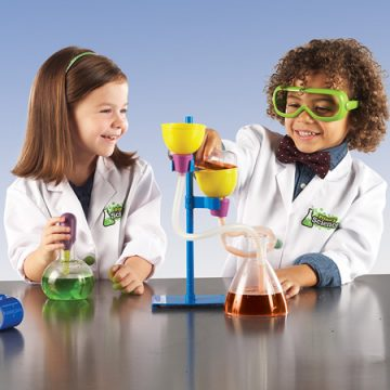 Primary Deluxe Science Kit to introduce your Preschooler to STEM learning