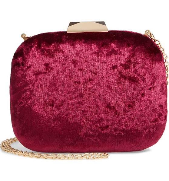 Winter Wedding Accessories | Velvet Clutch