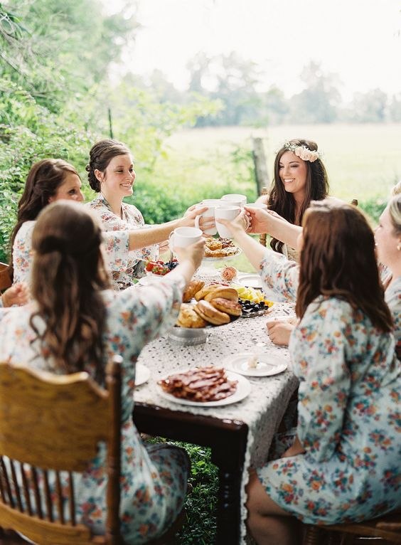 How to Have a Stress-Free Wedding Morning | Eat a Good Breakfast