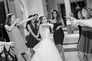 Create a Wedding Day Playlist for a Stress-Free Wedding Morning