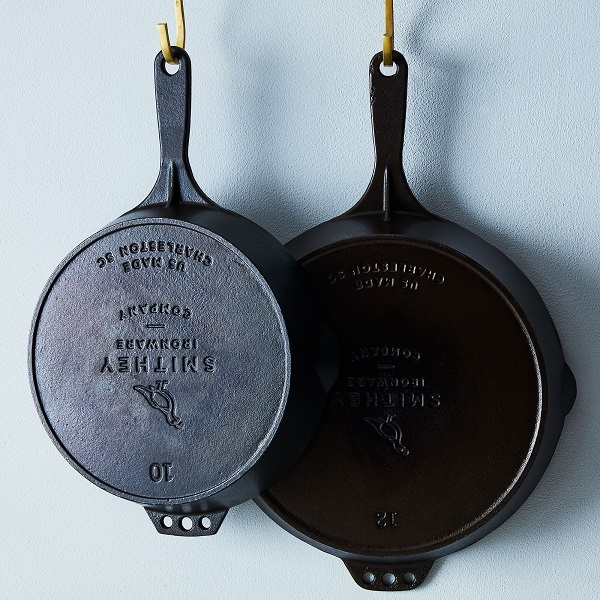 What To Buy For A Couple That Doesn't Register | Cast Iron Skillet