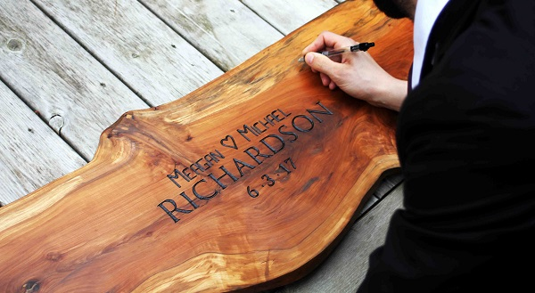 Unique Wedding Guestbook Alternatives | Wood Slab
