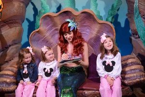 Disney travel tips | Meet ariel the little mermaid at Disney World