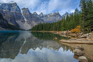 Fall honeymoon destination | Banff honeymoon