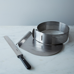 Unique Registry Items From Food52 | Layer Cake Slicing Kit