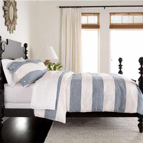 Amazon Wedding Registry | Blue and White Bedding