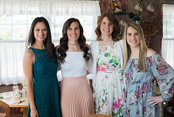 Bridal Shower Etiquette for the Host