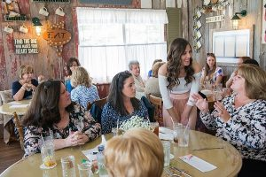 Bridal Shower Etiquette for the Guests