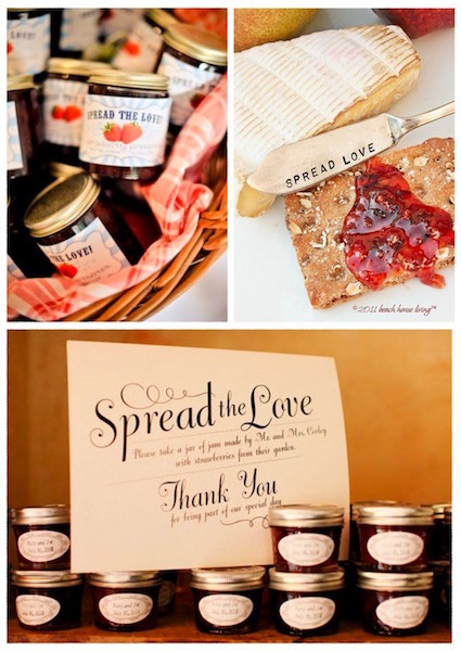DIY Wedding Favors | Homemade jam wedding favor