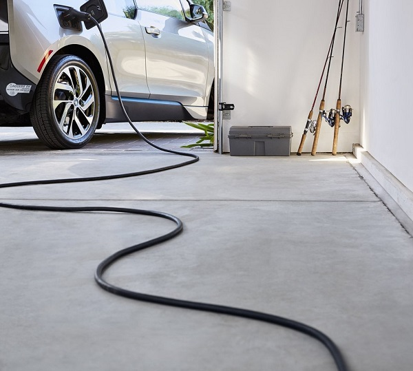Best Smart Home Gadgets | Wi-Fi Enabled Electric Vehicle Charger