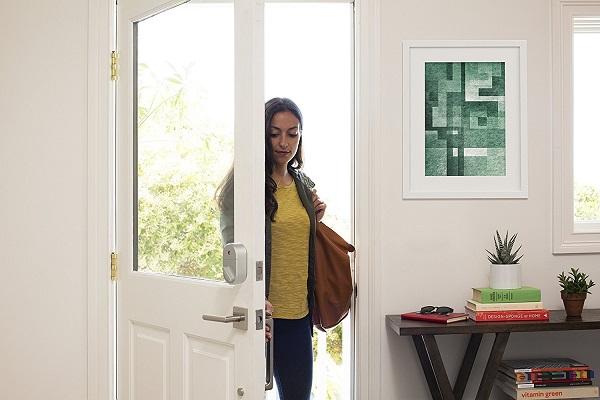 Smart Home Gadgets For Your Wedding Registry   August Smart Lock