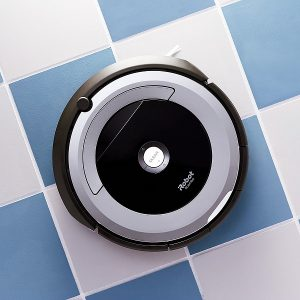 Smart Home Gadgets To Make Your Life Easier | Roomba Vacuum