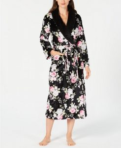 College Essentials for Winter   Charter Club Robe