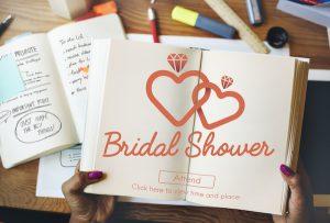 Bridal shower host | Invitations
