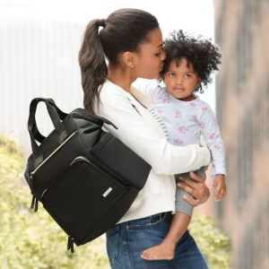 New Mom's Guide to Diaper Bags | SkipHop