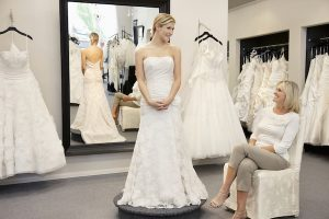 Wedding dress shopping with MOB & MOG