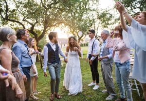 How To Plan The At-Home Wedding Of Your Dreams
