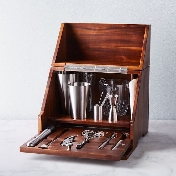 Celebrating Each Other: 1, 5, and 10-Year Anniversary Gifts For Your Spouse | Complete Home Bar Set