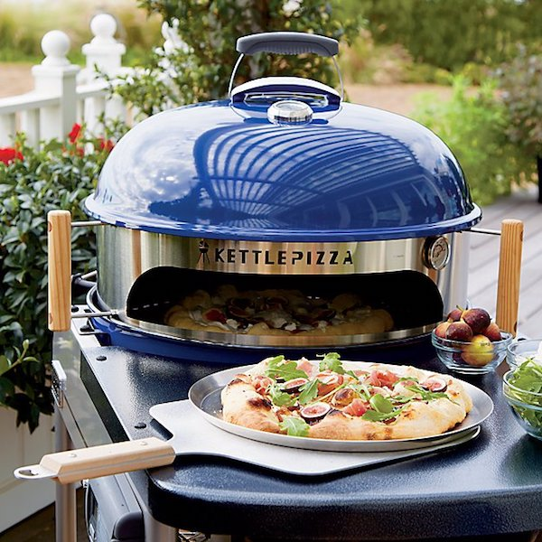 Celebrating Each Other: 1, 5, and 10-Year Anniversary Gifts For Your Spouse | Deluxe Outdoor Pizza Oven