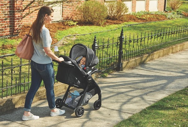New Mom's Guide to Strollers | Graco Fast Action
