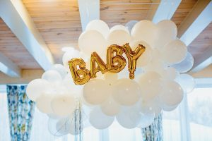 simple balloon baby shower theme