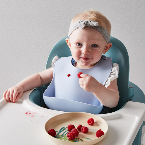 Baby Registry Must-Haves for the Sustainable Mom-To-Be | Modern Silicone Bib