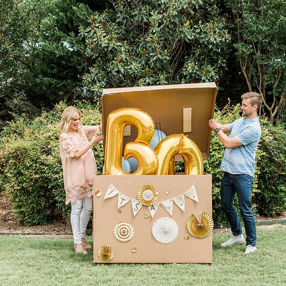 box gender balloon reveal