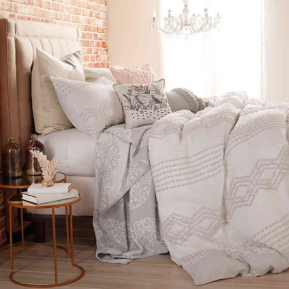 Dorm Essentials | Peri Home Geo Cut Comforter Set