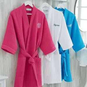 Dorm Essentials | Embroidered Waffle Weave Kimono Robe