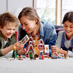 Holiday Gifts the Whole Family Can Enjoy | Lego Set