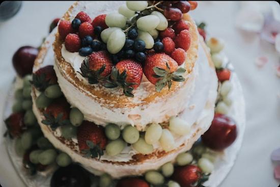 DIY wedding cake fresh fruit