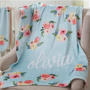 14 Personalized & Sentimental Baby Gifts | Monogrammed Baby Blanket