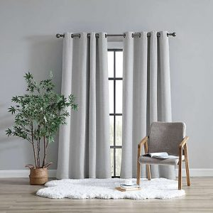 Products for Your Transition From Dorms to Apartment Living   Window Treatments